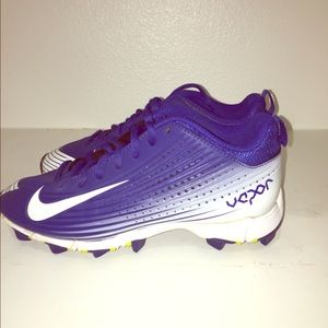 purple nike baseball cleats